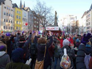 """Hinweis auf die Aktion """"One Billion Rising"""" am 14.02.2018 um 17 Uhr auf dem Wiener Platz in Köln- Mülheim"""