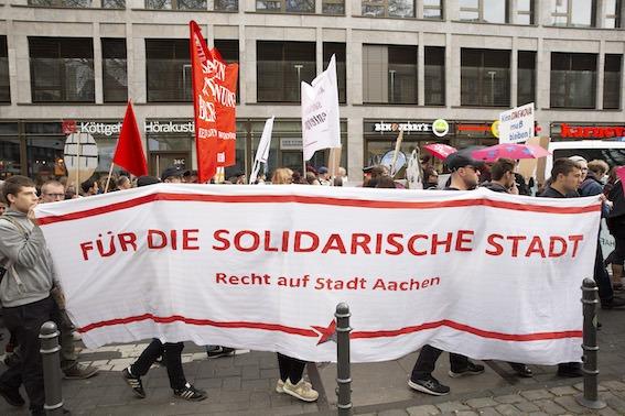 Demo-Foto: Für die Solidarische Stadt