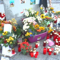 Trauer über Opfer von illegalen Autorennen